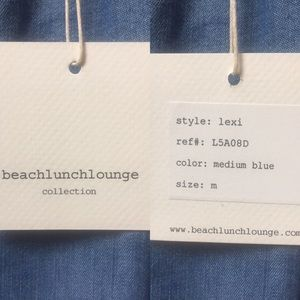 beachlunchlounge Tops - NWT Beach Lunch Lounge off shoulder top. Blue